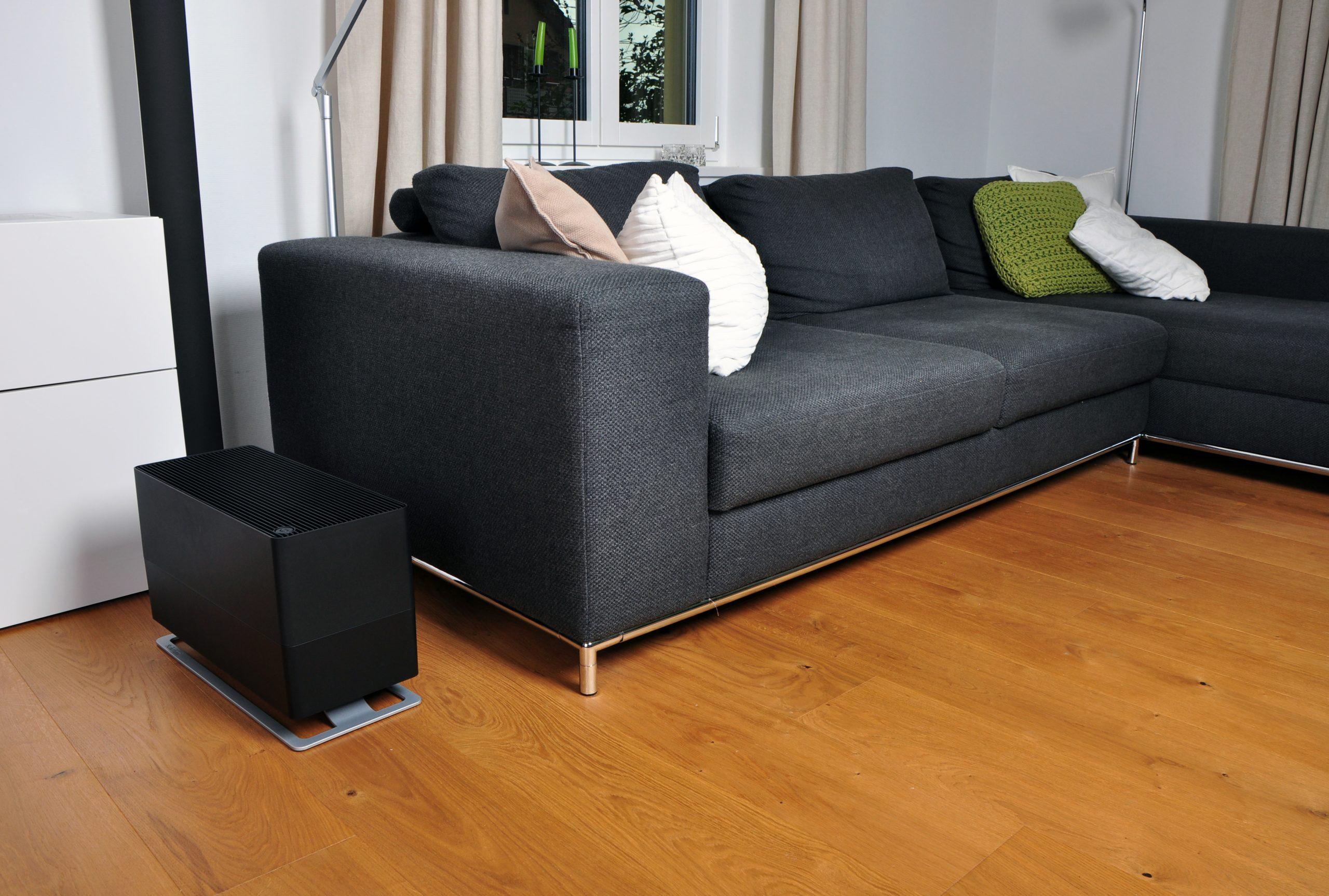 Традиционный увлажнитель воздуха Stadler Form Oskar Big Black лайфстайл2